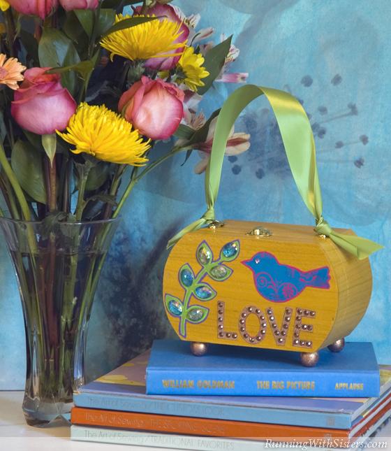 Glitzy Lovebird Purse