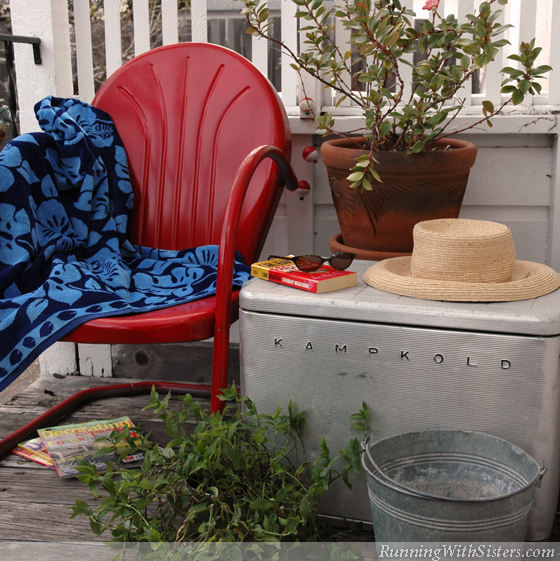 Seaside Style Cooler Table