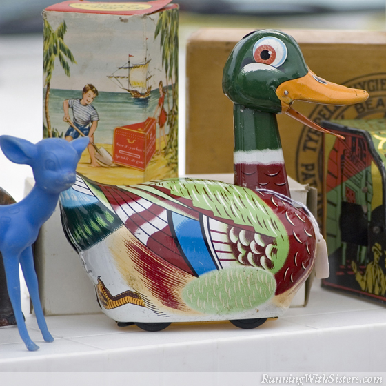 Vintage Tin Duck