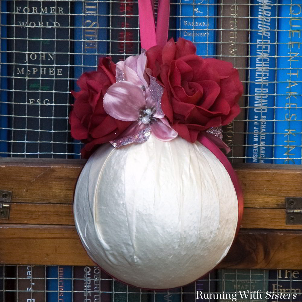 Make a Vanilla Rose Pomander. This handmade scented sachet is a pretty gift craft!
