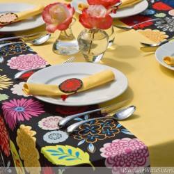 Pretty Poppy Tablecloth