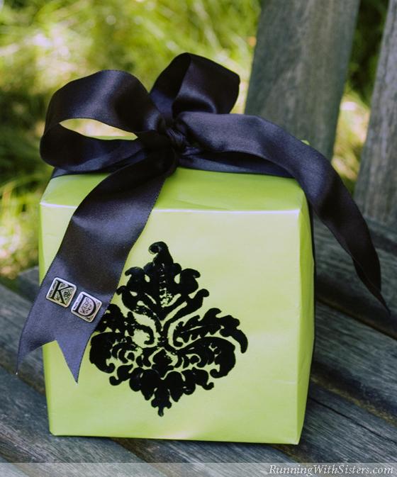 Bold Baroque Gift Wrap