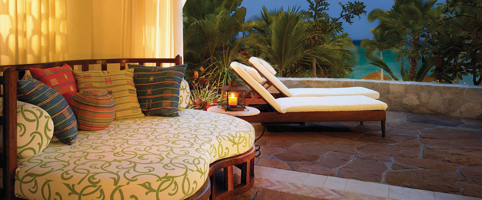Daybeds Are Dreamy - Palmilla Los Cabos