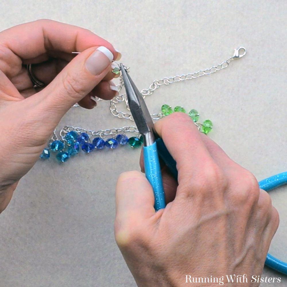 11 Dangling Bead Necklace - Make Beaded Dangle