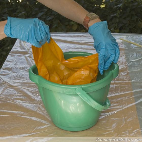 Step 3 Soak Fabric in Soda Ash