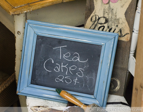 Chalk Paint Frame With Chalkboard