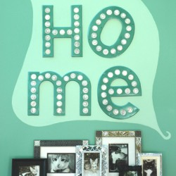 Living Room HOME Sign