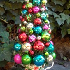 Christmas Teacup Topiary
