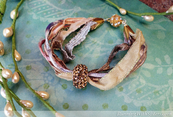 how to make beautiful bracelets with cabochon ribbon