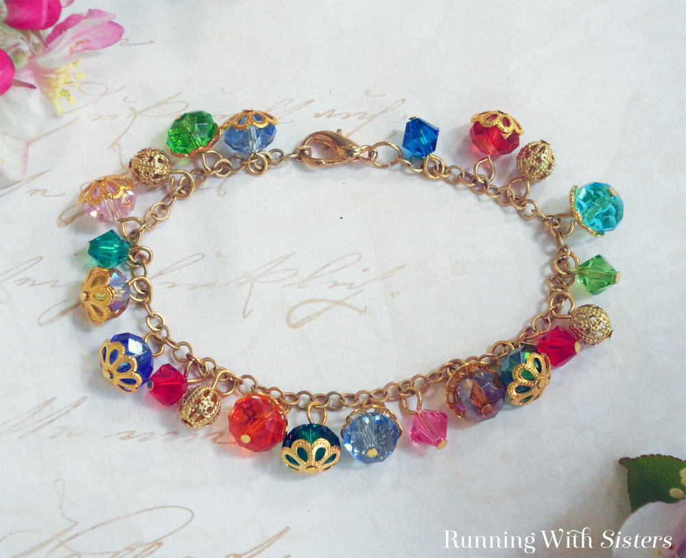 Make a Beaded Dangle Bracelet. We'll show you how to make this beaded bracelet. Complete video instructions and step by step instructions included.