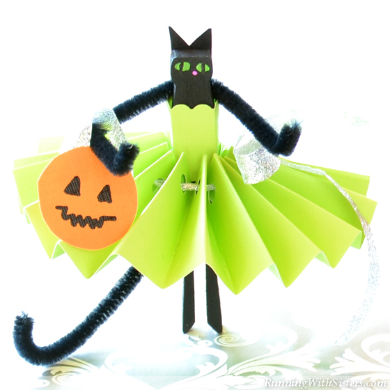 Black Cat Clothespin Dolls Green Cat