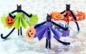 Black Cat Clothespin Dolls
