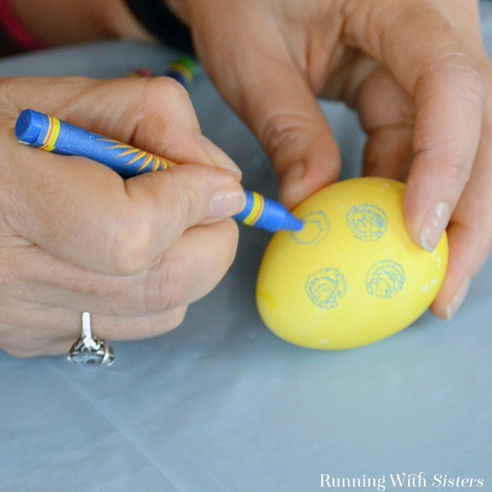 We'll show you how to dye and decorate Easter eggs using materials from the kitchen. Plus our favorite way to decorate Easter eggs - using crayon resist.