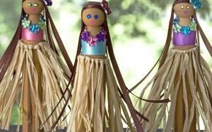 Hula Girl Clothespin Dolls
