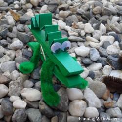 Kids! Make a super fun set of clothespin critters including a clothespin alligator, a clothespin turtle, and a polka dot clothespin snake!