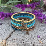 Make a Boho-chic wrapped bracelet using memory wire. It's super easy and looks great! We'll show you how!