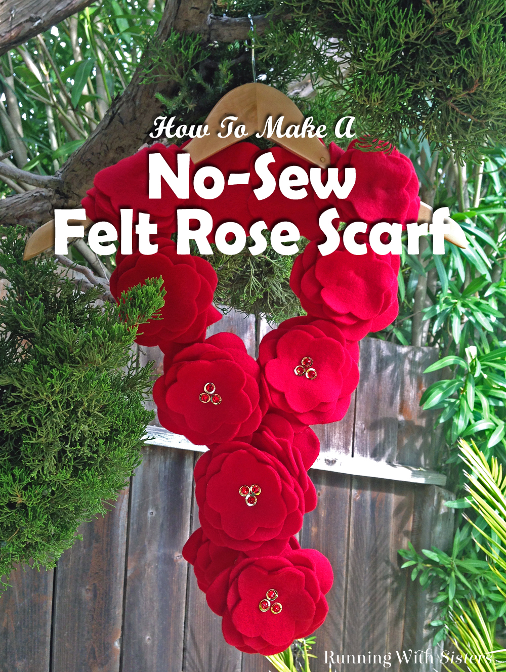 Make a no-sew felt rose scarf using scissors and glue. This luxurious scarf is super easy to make!
