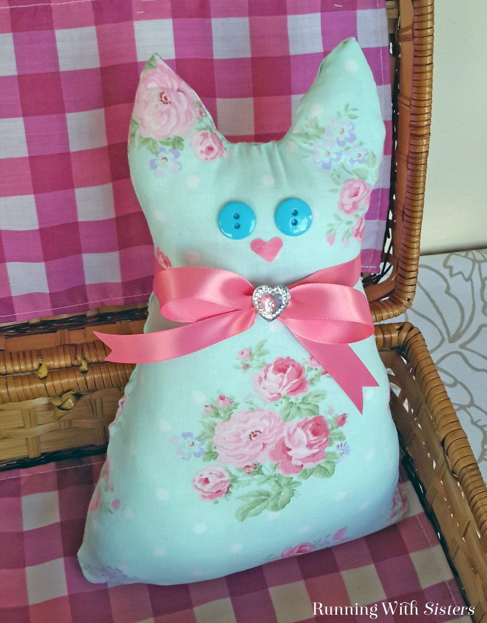 Here's a cute no-sew craft: A Calico Cat Pillow or Doorstop! We  discovered the glue that works best. Plus we have a tip to turn the pillow into a doorstop.