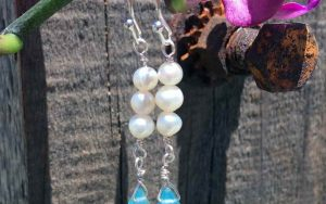 Wirework Jewelry Tutorial: Crystal Teardrop & Pearl Earrings