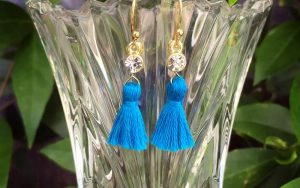 Easy Earring Tutorial: Tiny Tassel Earrings