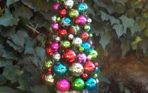 Shiny Brite Christmas Topiary