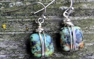 Make A Pair Of Wrapped Bead Earrings