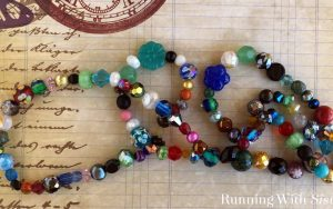 How To Make An Endless Beaded Necklace (No Clasp!)