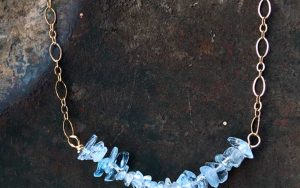 How To Make A Dainty Aquamarine Necklace