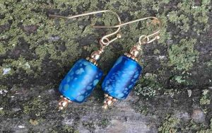 Five Minute Earrings: Glass Bead Dangles
