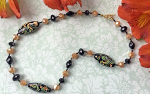 Easy Bead Stringing: Handmade Glass Bead Necklace
