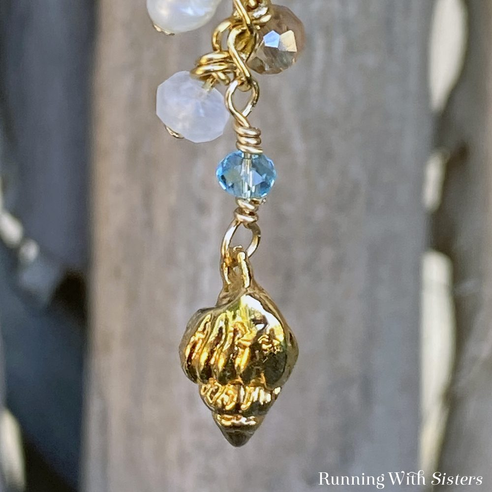 Beachy Dangle Earrings Detail Charm Component