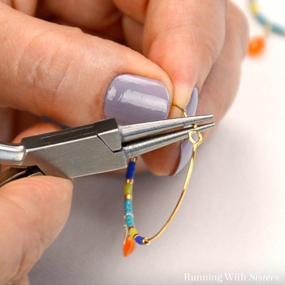 15 Color Block Beaded Hoop Earrings - Grasp End Round-Nose
