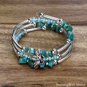 Bumble Bee Memory Wire Bracelet Square
